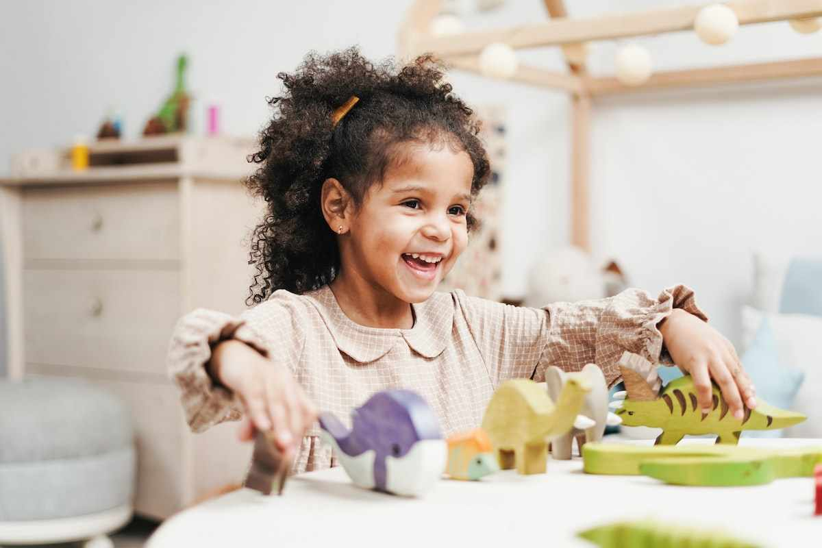 hacks for parents for organising toys
