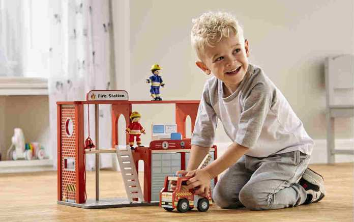 Aldi toy event fire station