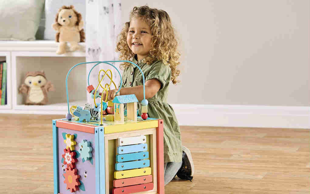 Aldi toy event wooden activity cube