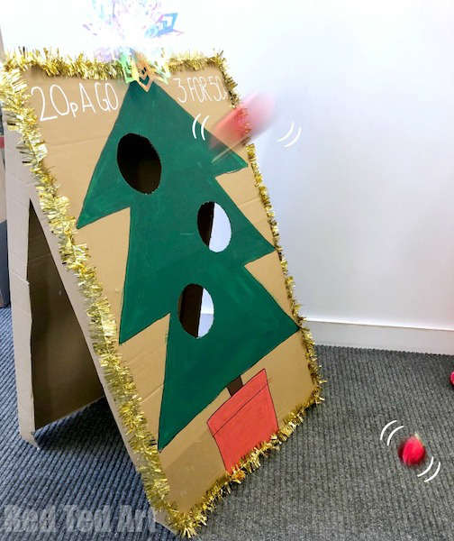 Christmas-tree-toss-game
