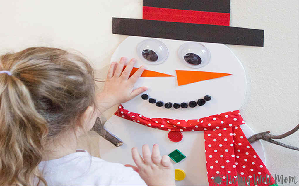 Christmas party games - pin the nose on the snowman