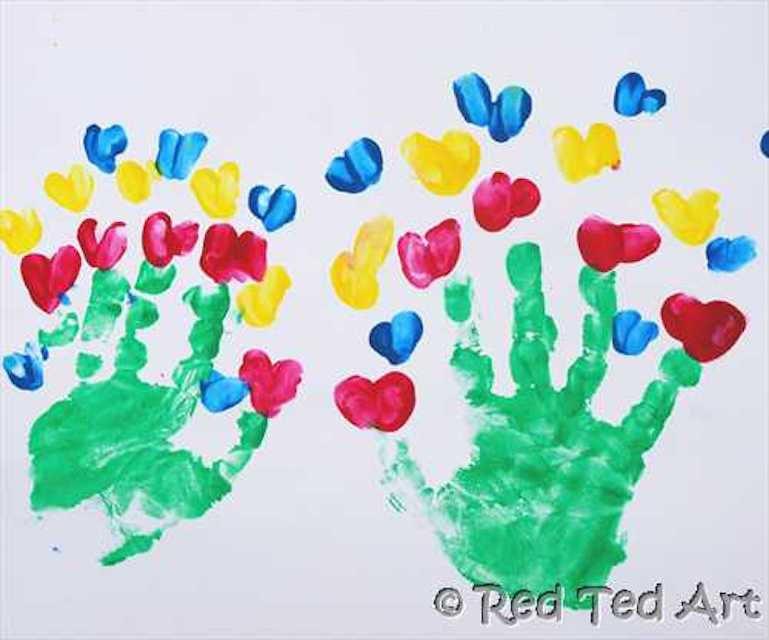 handprint-bouquets