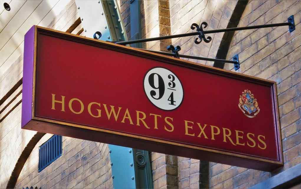 This Harry Potter Escape Room Lets You Visit Hogwarts From Home!