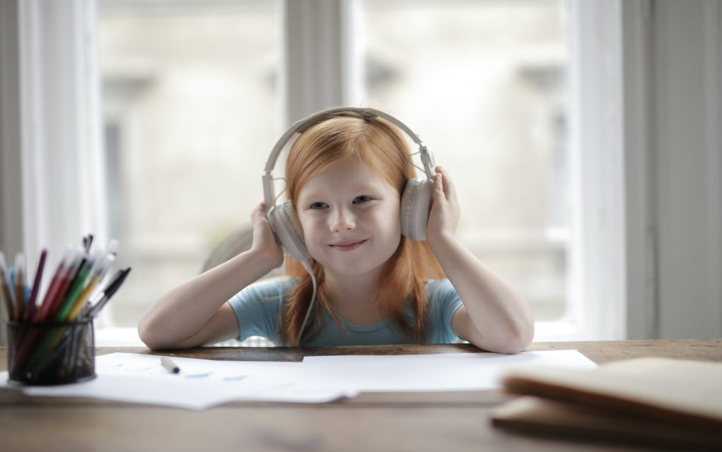 places to get free audiobooks for kids