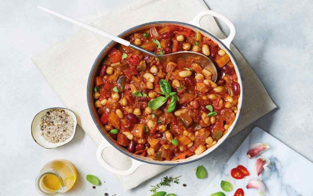 bean and vegetable chilli
