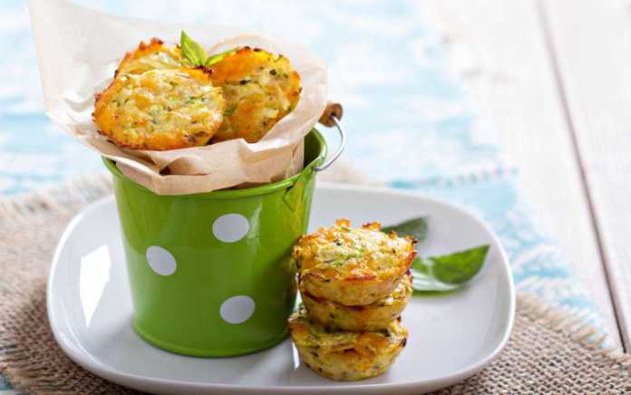Bacon and sweetcorn muffins