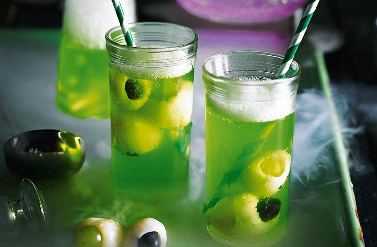 Halloween drinks and mocktails