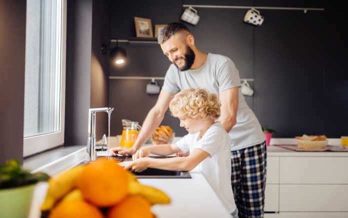 Teach Your Children New Responsibilities washing up