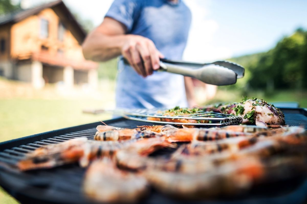 BBQ Food Safety Tips grilling