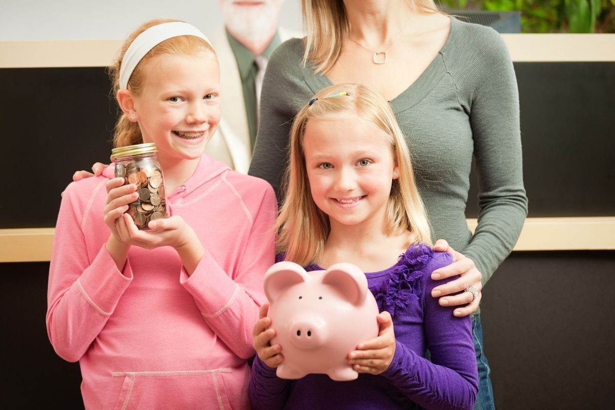 Simple ways to make your child more money savvy savings account